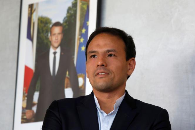 Cédric O, secrétaire d'Etat au numérique, pose après une interview accordée à l'agence de presse Reuters.
