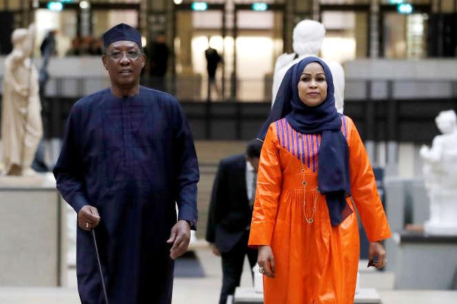 Le président du Tchad, Idriss Déby, et son épouse, Hinda Déby, à Paris, le 10 novembre 2018.
