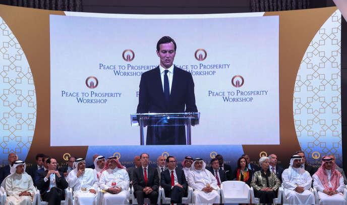 Le conseiller principal de la Maison Blanche, Jared Kushner, prend la parole lors de la conférence sur la Palestine, à Manama (Bahreïn), le 25 juin.