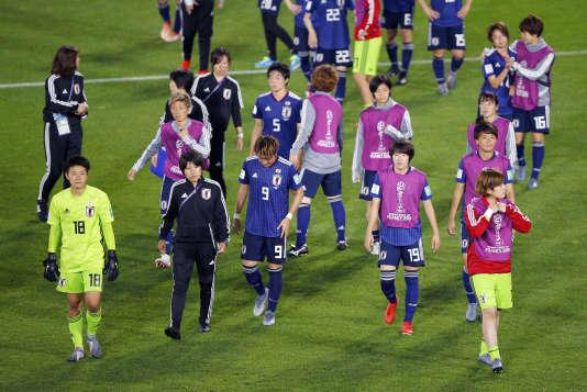Les Japonaises, championnes du monde en 2011, vice-championnes du monde en2015, en fin de cycle, ont été éliminées par les championnes d'Europe néerlandaises, le 25juin, en huitièmes de finale de Coupe du monde.