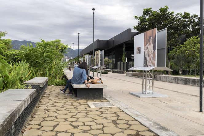 Nouvel aménagement des bords de la rivière Medellin.