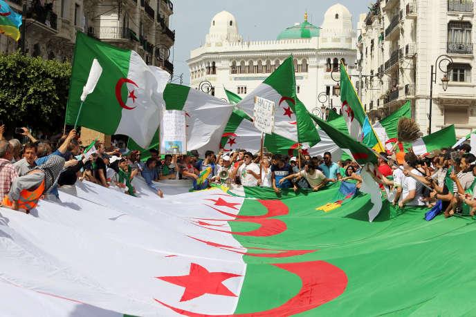 Manifestation contre le pouvoir à Alger, le 21 juin 2019.