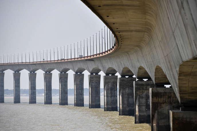 Le pont reliant La Rochelle à l'île de Ré, en mai 2018.