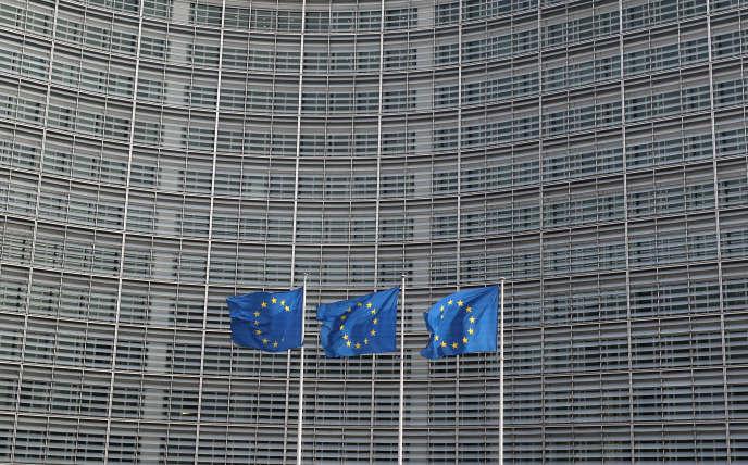 Le paysage politique européen est en pleine recomposition, non seulement en France et en Italie, mais aussi sur le plan continental.