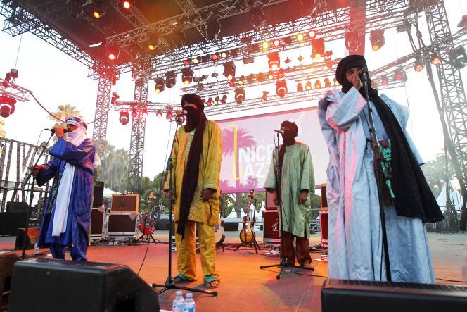 Le groupe de blues touareg Tinariwen à Nice en 2012.