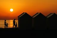 Coucher de soleil à Cayeux-sur-Mer (Somme), le 29 juin.