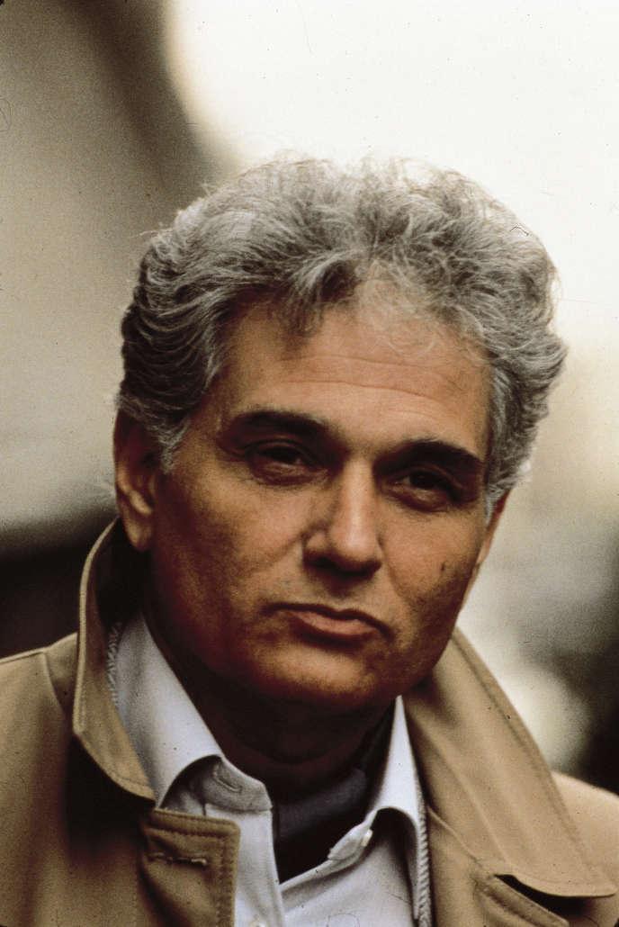 Le philosophe Jacques Derrida (1930-2004), dans les années 1980.