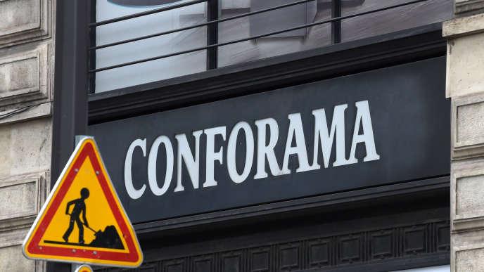 Le 2 juillet, Conforama a annoncé un vaste plan de restrucuration prévoyant la suppression de 1 900 emplois en France.