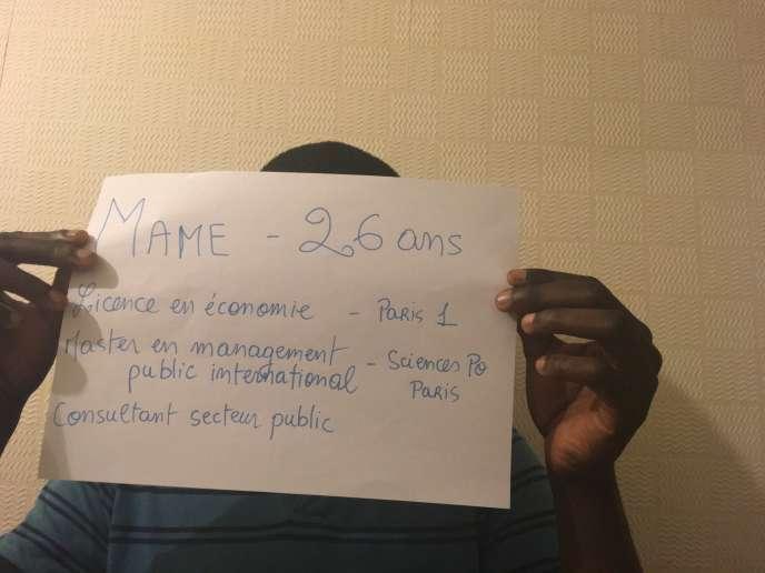 Mame, 26 ans, consultant dans un cabinet d'audit, passé d'un quartier peu favorisé deSeine-Saint-Denis àSciences Po Paris, veut croire que« le périph n'est pas une barrière infranchissable».