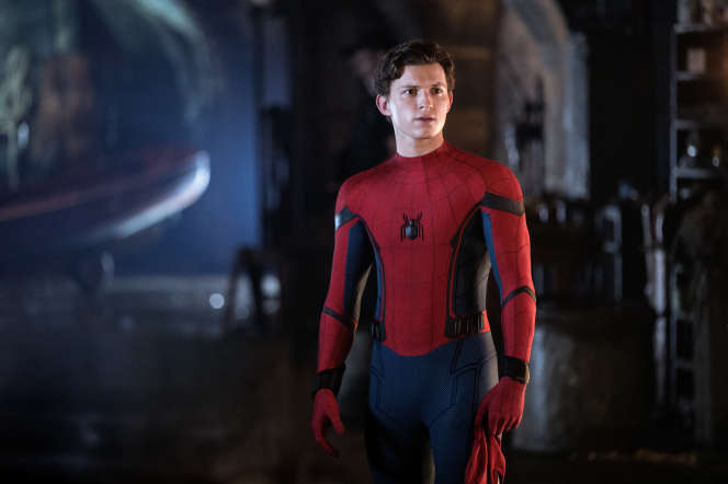 Tom Holland dans « Spider-Man: Far From Home », coproduit par Sony et Marvel Studios.