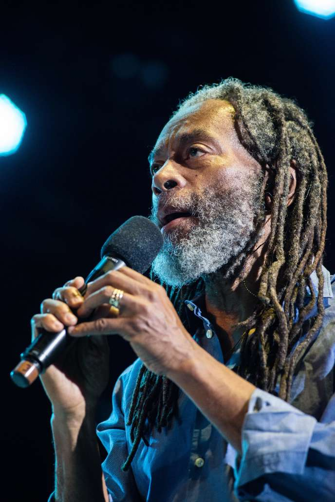 Bobby Mcferrin Staggering Vocal Wizard Makes Swing