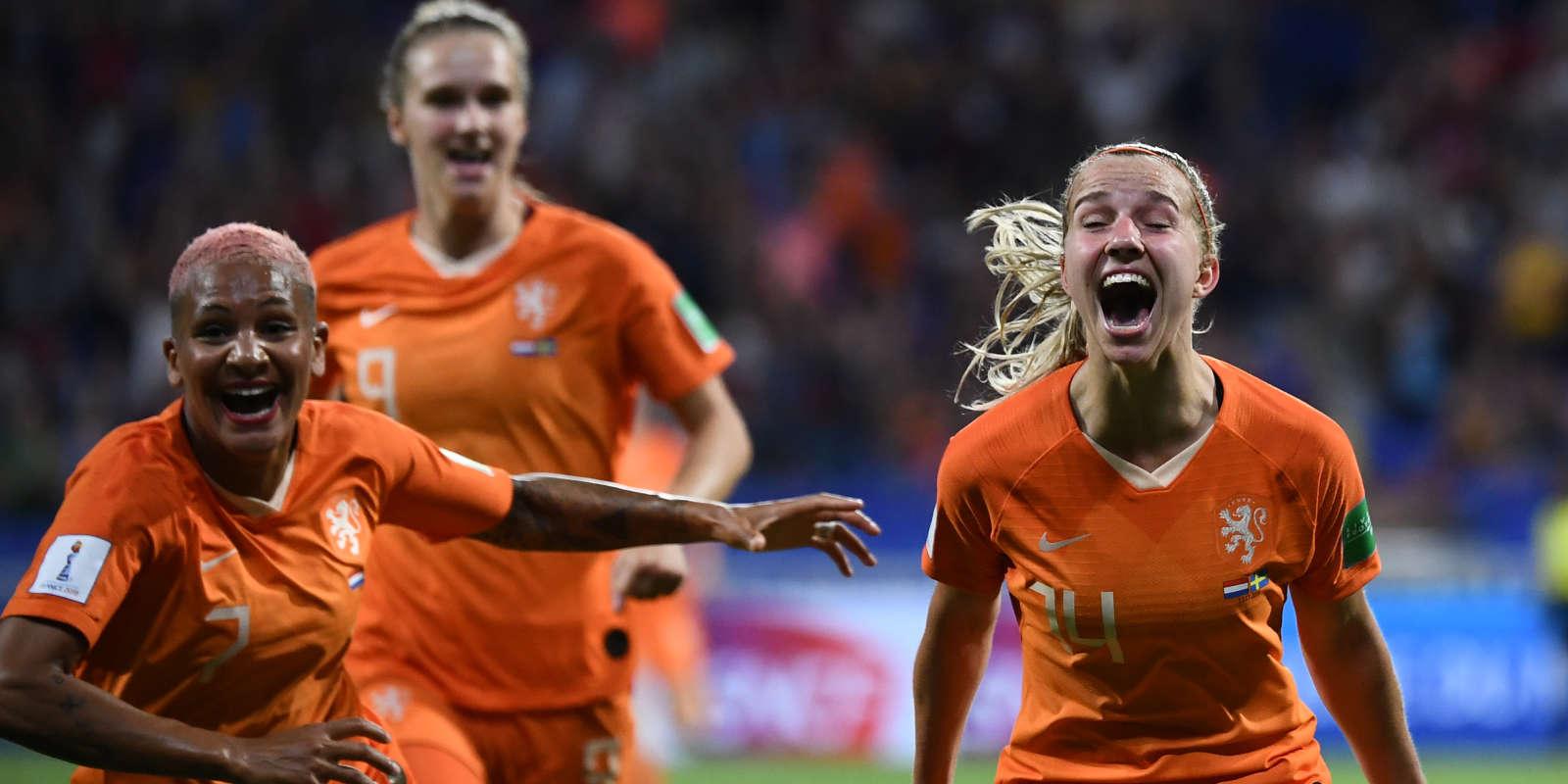 Jackie Groenen auteure du but pour les Pays-Bas.