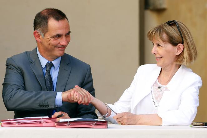 Gilles Simeoni, président du conseil exécutif de Corse, et Josiane Chevalier, préfète de Corse, à Bastia, le 3 juillet.
