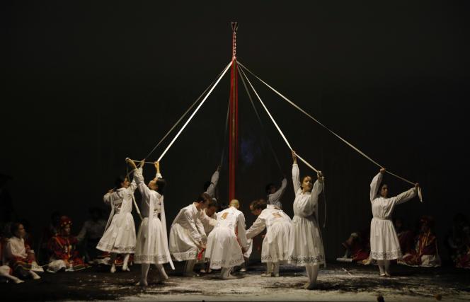Le «Requiem» de Mozart, mise en scène de Romeo Castellucci, direction musicale Raphael Pichon , au Théâtre de l'Archevêché du 3 au 19 juillet dans le cadre du Festival International d'art lyrique d'Aix-en-Provence avec l'orchestre Pygmalion.