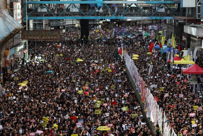 Manifestation à Hongkong, le 1er juillet, jour anniversaire de la rétrocession du territoire à la Chine par le Royaume-Uni.