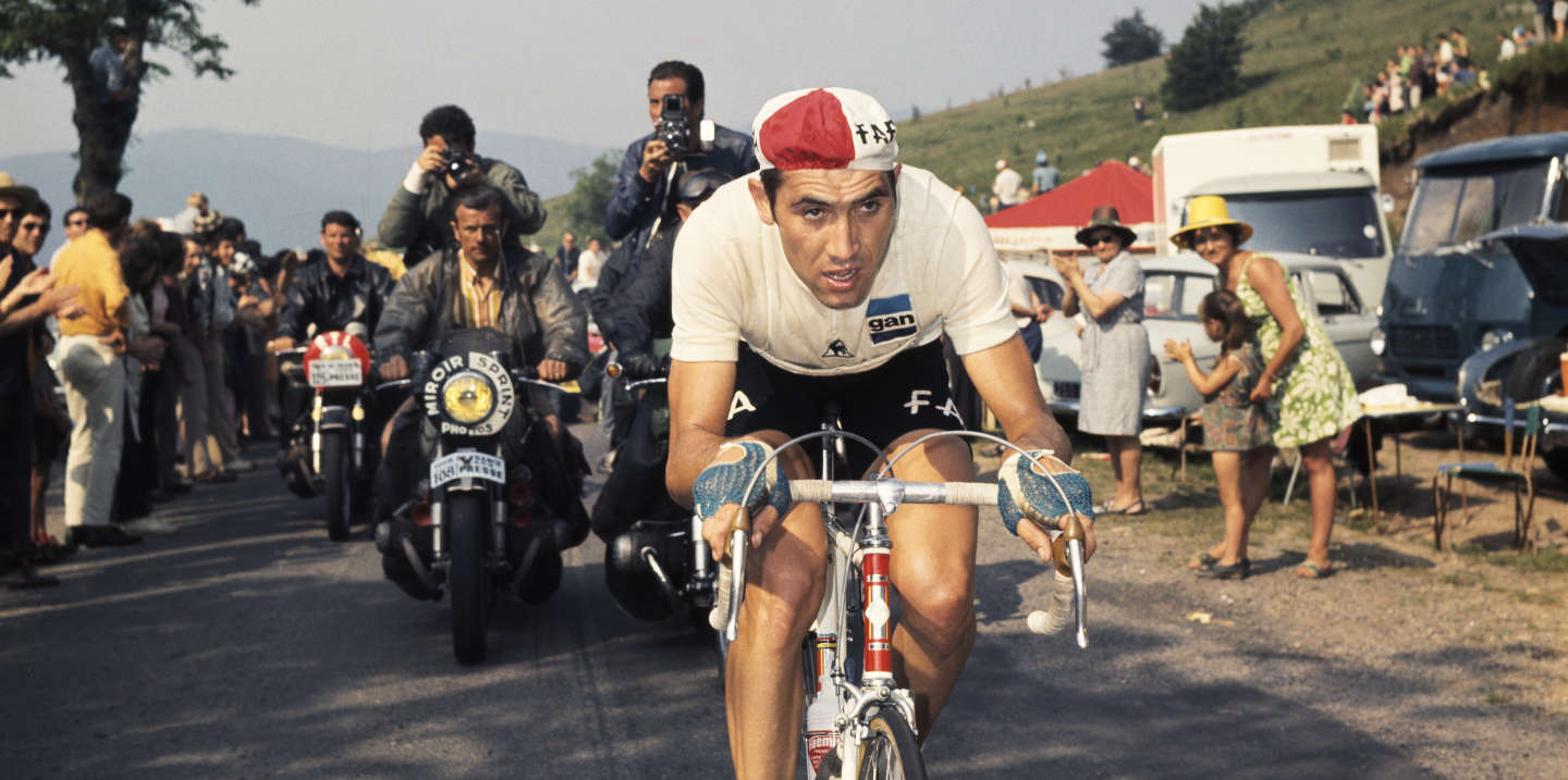 Belgian cyclist Eddy Merckx of the Faema team during the 1969 Tour de France. (Photo by Gilbert Iundt; Jean-Yves Ruszniewski/TempSport/Corbis/VCG via Getty Images)