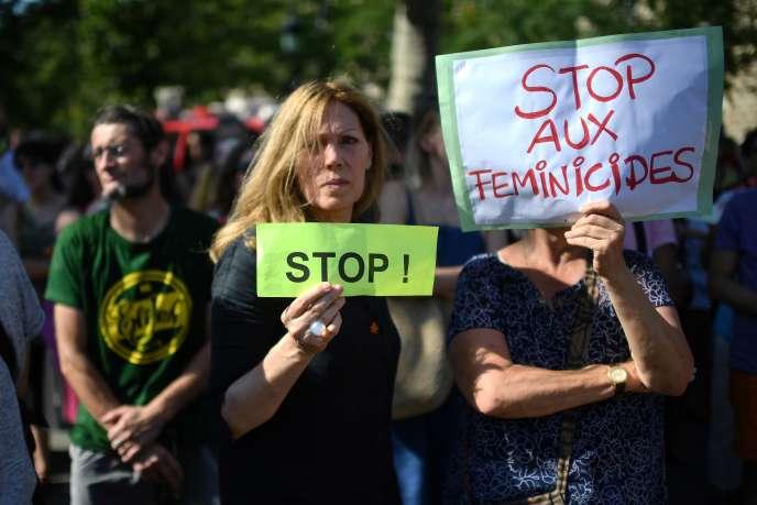 Mobilisation contre les violences conjugales à Paris, le 6 juillet.