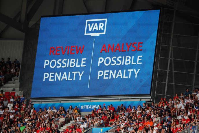 Selon les chiffres fournis par la FIFA, plus de 500 situations ont été vérifiées. Le VAR est intervenu dans 32 situations et l'arbitre a changé de décision dans 28 cas.