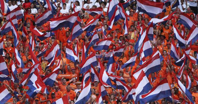 Les supporteurs néerlandais lors de la finale de la Coupe du monde féminine Etats-Unis - Pays-Bas, à Lyon le 7 juillet.