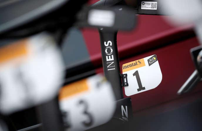 Ineos a succédé à Sky comme sponsor de l'équipe cycliste dirigée par Dave Brailsford.