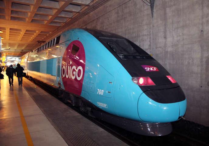 Un Ouigo, à la gare de Marne-La-Vallée, près de Paris, le 19 février 2013.
