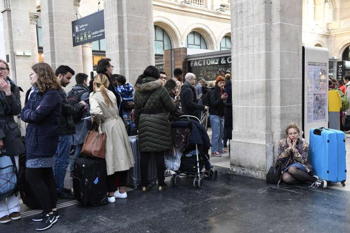 Gare de l'Est, à Paris, le 4 avril.