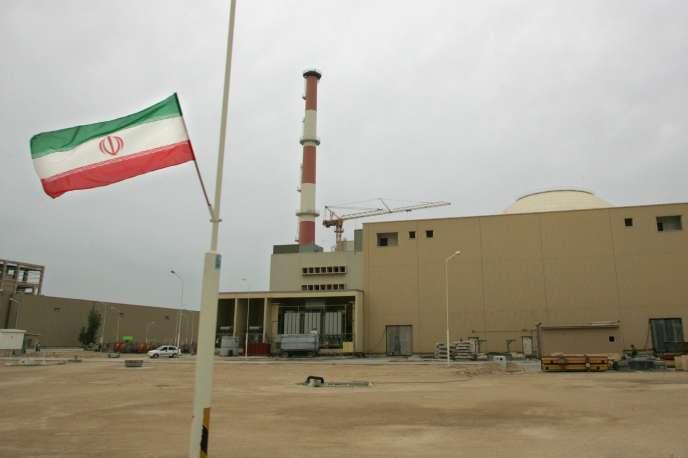 La centrale nucléaire de Bushehr, en Iran, le 3 avril 2007.