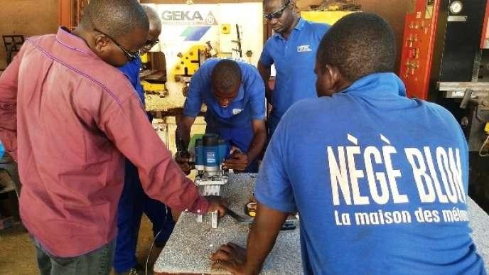 A Bamako, la chaudronnerie pour retrouver le chemin de l'école et de l'emploi