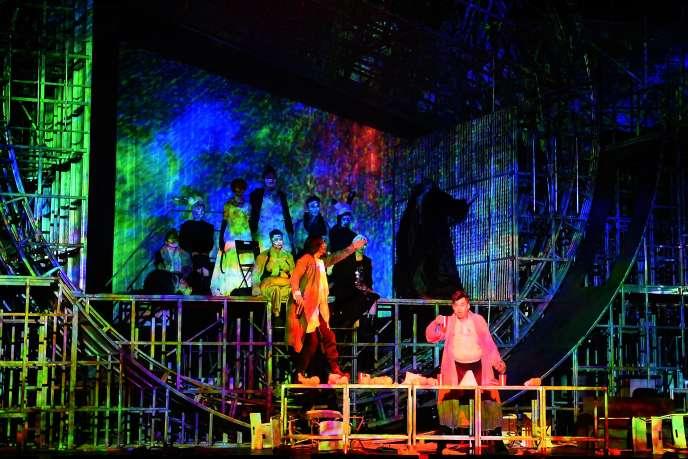 « La Maison de Thé» de Lao She mis en scène par Meng Jinghui, lors des répétitions à Avignon, le 8 juillet 2019.