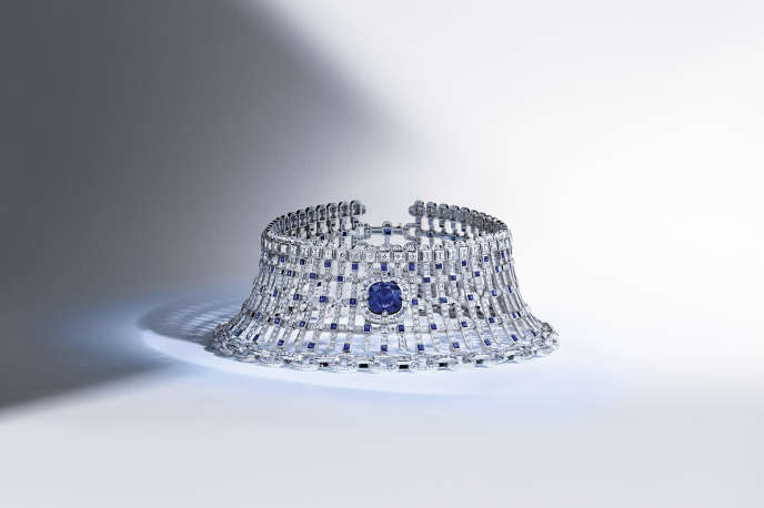 Collier « Le Royaume », collection « Riders of the Knight », Louis Vuitton.