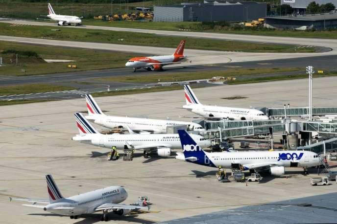 A l'aéroport Roissy-Charles de Gaulle, le 27 juin.