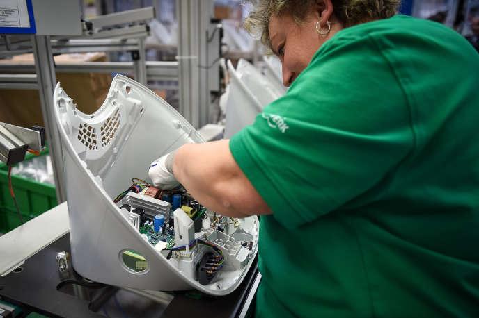L'usine de fabrication du robot cuiseur Thermomix de l'allemand Vorwerk située à Cloyes-sur-le-Loir (Eure-et-Loir), le 19 mai 2017.