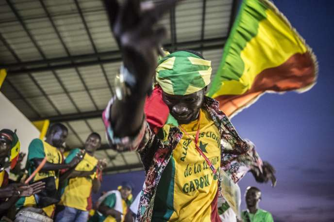 Supporteurs des Lions de la Teranga du Sénégal lors de la CAN 2017 au Gabon.