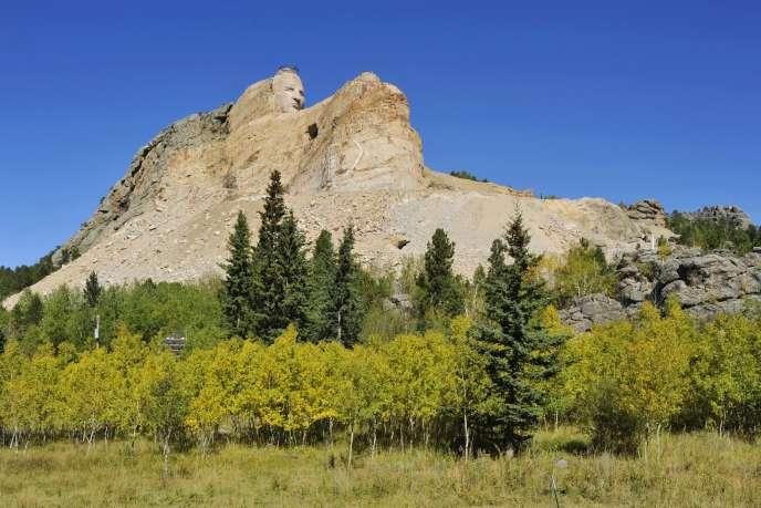 Le Crazy Horse Memorial est un monument à la gloire du chef indien, situé dans le Dakota du Sud, aux États-Unis.