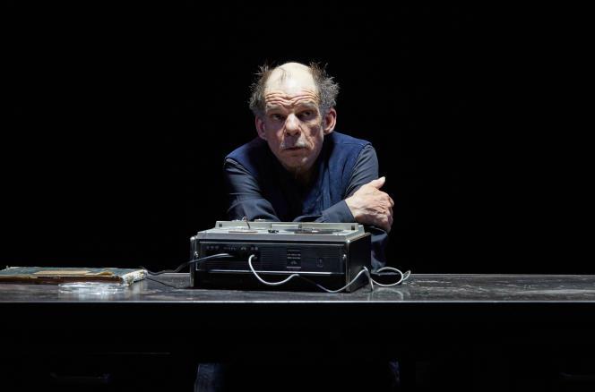 En juin, au Centquatre, à Paris, lors des répétitions de «La Dernière bande».