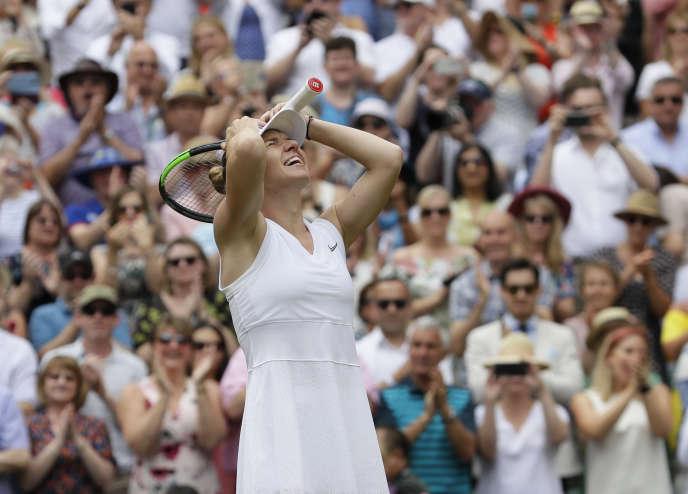 Simona Halep lors de sa victoire face à Serena Williams en finale de Wimbledon, samedi 13 juillet