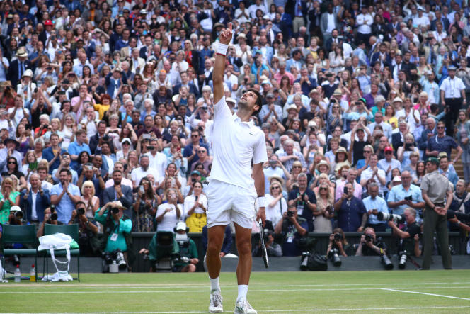 Le Serbe Novak Djokovic remporte Wimbledon, le 14 juillet 2019.
