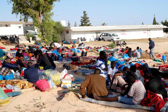 Le 3 juillet 2019, à Tripoli, en Libye, près d'un centre de détention de migrants.