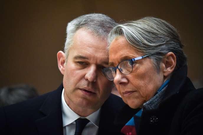 Elisabeth Borne nommée ministre de la transition écologique et solidaire