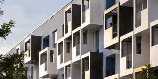 Le crowdfunding immobilier consiste à prêter de l'argent à un promoteur via une plateforme en ligne.