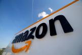 Le logo d'Amazon au centre logistique de la société à Boves, en France, le 13 mai 2019.