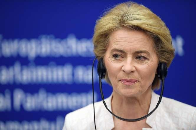 Ursula von der Leyen après son élection à la tête de la Commission par les eurodéputés, à Strasbourg, le 16 juillet.