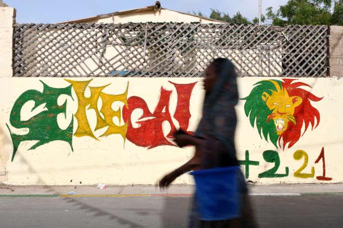 Dakar s'est parée des couleurs du Sénégal pour la finale de la Coupe d'Afrique des nations où les Lions de la Teranga affronteront les Fennecs de l'Algérie, au Caire, en Egypte, le 19 juillet 2019.