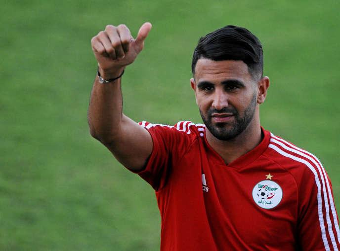 Le capitaine des Fennecs d'Algérie, Riyad Mahrez, au Caire, le 18 juillet 2019.