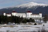 Soixante-quinze ans après Bretton Woods, le dollar reste la devise reine