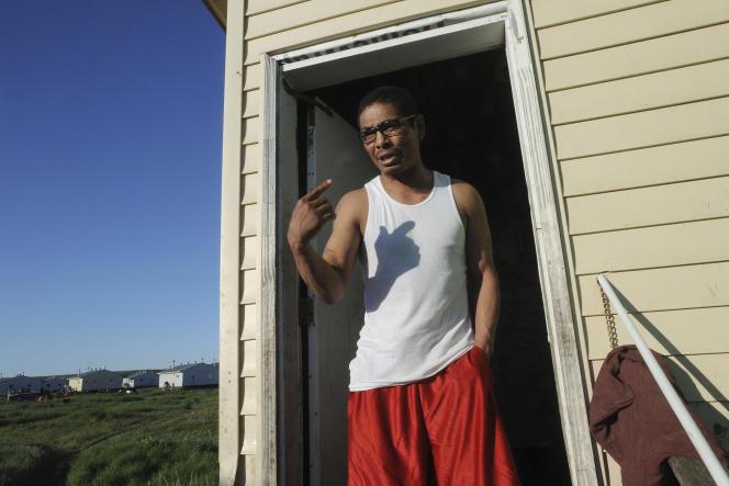 Malgré six ans passés en prison, Mike Nimeron a été policier municipal dans sa ville natale de Stebbins.