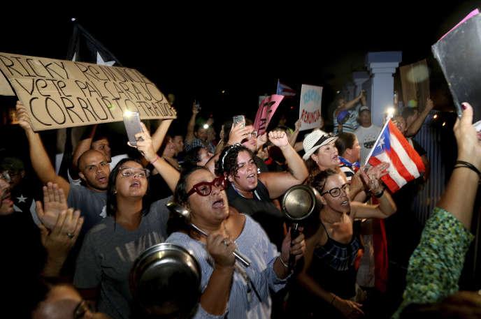 Manifestation contre le gouverneur de Porto Rico, Ricardo Rossello, le 21 juillet à Guaynabo.