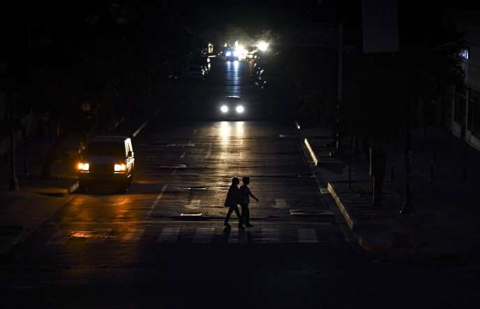 Caracas plongé dans le noir le 22 juillet.