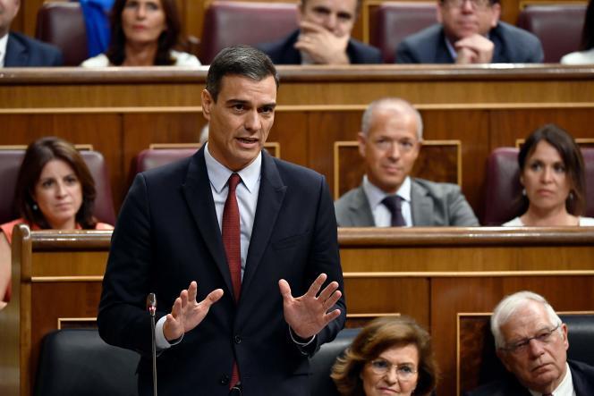 Pedro Sanchez, le chef de file du Parti socialiste ouvrier espagnol (PSOE),au Parlement, à Madrid, le 22 juillet.