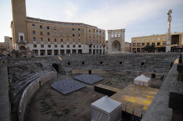 La place Saint-Oronce, à Lecce (Pouilles).